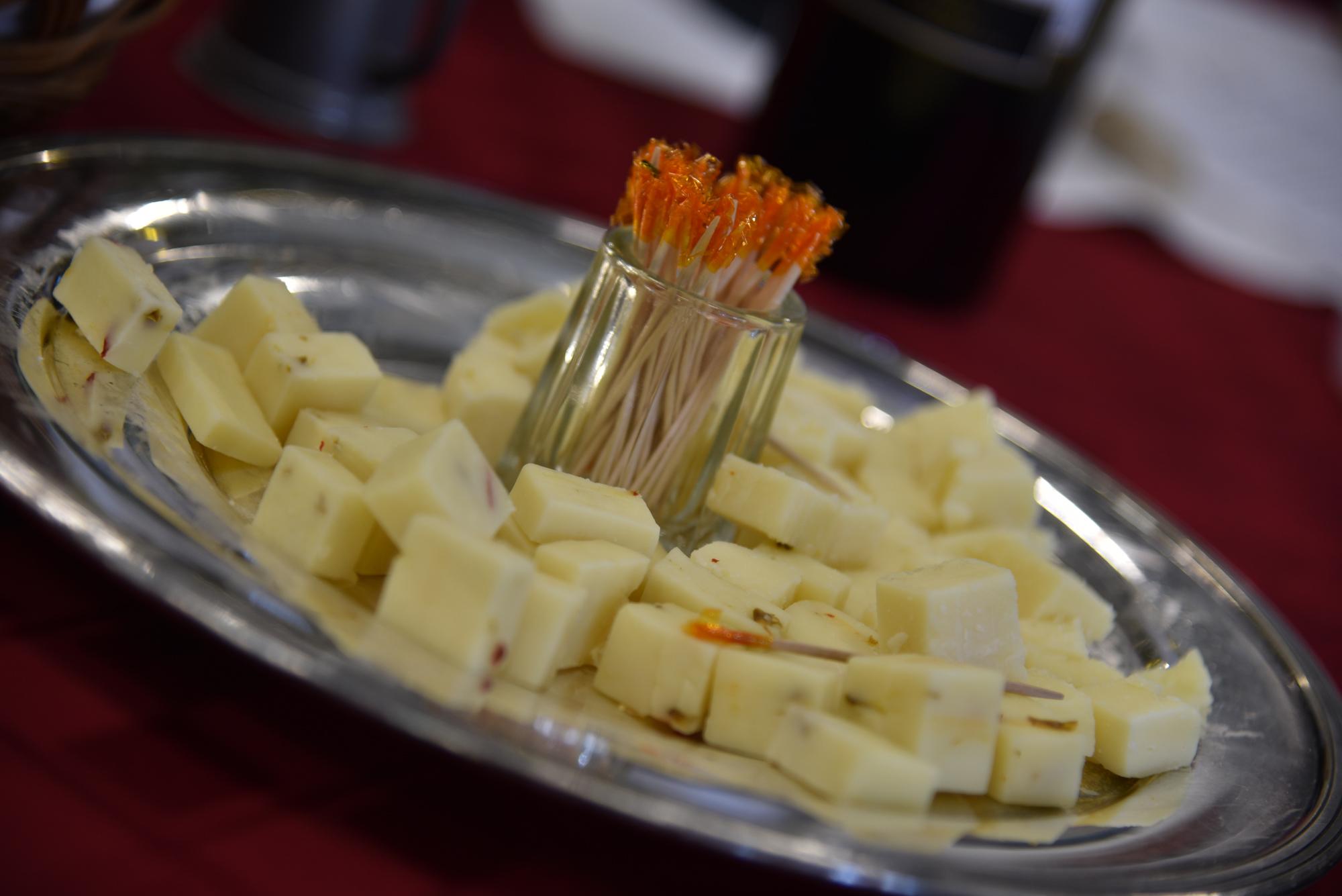 Crow Vineyard & Winery Cheese Pairings